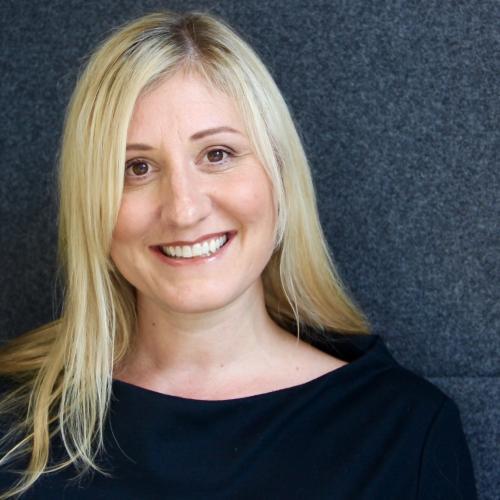 Photo of Liz Walker, HR Director for Unum UK