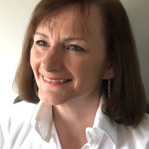 Sally Tanski Sally Tanski Leadership Development Facilitator and Coach for Full Potential Group, a high impact, leadership development, team performance and coaching company